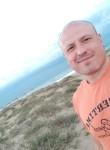 Denis, 39  , Istra