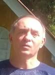 Elton , 50  , Petropolis