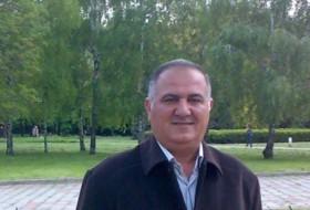 Ahmed Abdulghafar, 53 - Just Me