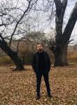 Gasan, 34  , Saint Petersburg