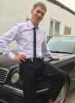 dmitriy, 32  , Moscow