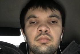 Nasim, 26 - Just Me