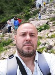 Petrus, 36  , Buzau