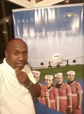 brise le coeur, 35, Comoros, Moroni