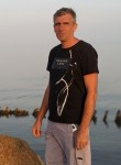Roman, 45  , Yenakiyeve