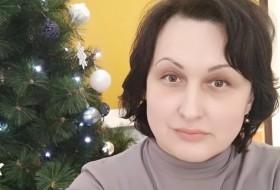 Mila, 47 - Just Me