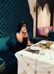 roslynily, 23  , Dubai