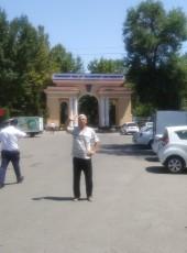 Rustam Yuldashev, 68, Uzbekistan, Tashkent