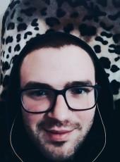 Maksim, 25, Russia, Balaklava