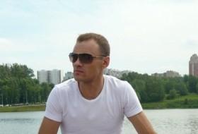 Dmitriy , 38 - Just Me