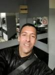 Mokhtar, 38  , Marseille