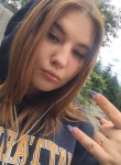 Nastya , 19  , Vladivostok