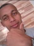 Welligton, 44  , Sao Paulo