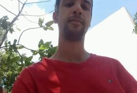 Gilberto, 32 - Just Me
