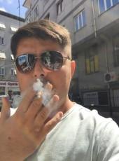 onur, 29, Turkey, Istanbul