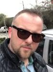 Donat, 29  , Pristina