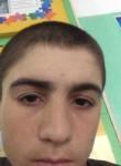Magomed, 18  , Kizlyar