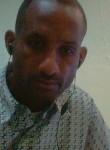 Jenris de Leon, 45  , Santo Domingo