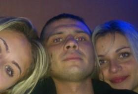 andrik, 33 - Just Me