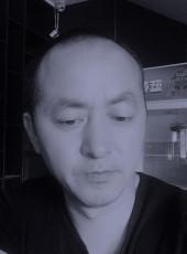 海龙, 36, China, Tangshan