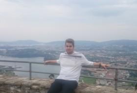 Mateo, 22 - Just Me