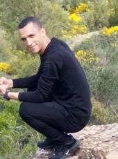 chosen, 32, Algeria, Saida