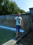 Vitaliy , 37  , Bohodukhiv