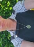 Katherine, 40  , Beloeil