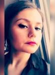 Ioana Zanutza, 28, Bucharest