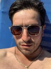 Sargi, 28, France, Rodez