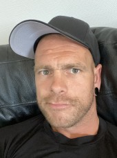 Martin, 38, Norway, Oslo