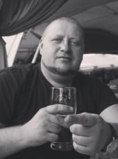 KOMU KUNI, 36, Russia, Saint Petersburg