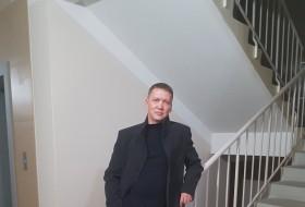 Kurban, 40 - Just Me
