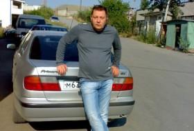 Valentin, 61 - Just Me
