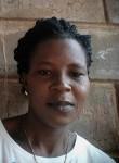 Élisabeth, 18  , Lome
