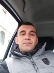walid, 33  , Villefontaine