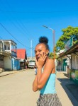 Suzie mariia, 18  , Toamasina