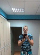 Oleg, 30, Russia, Tolyatti