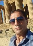Francesco, 51  , Milano