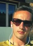Louis, 21  , Six-Fours-les-Plages