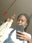 Ana, 20, Libreville