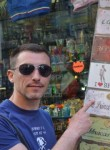 Seryega, 46  , Rome