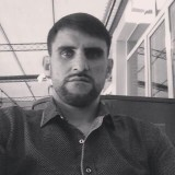 Aleksandr , 35  , Donetsk