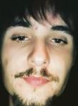 Romain, 19  , Voiron