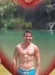 Dario, 35  , Valencia
