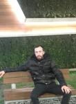 Abdullah , 24  , Istanbul