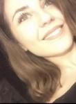 Maeva , 19, Paris