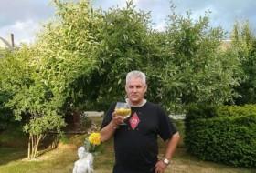 Gracijus, 60 - Just Me