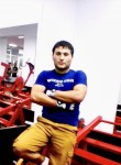 Bahrom, 28, Makhachkala