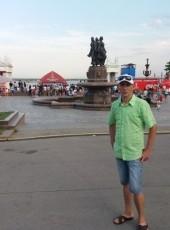 Aleksandr, 18, Russia, Volgograd